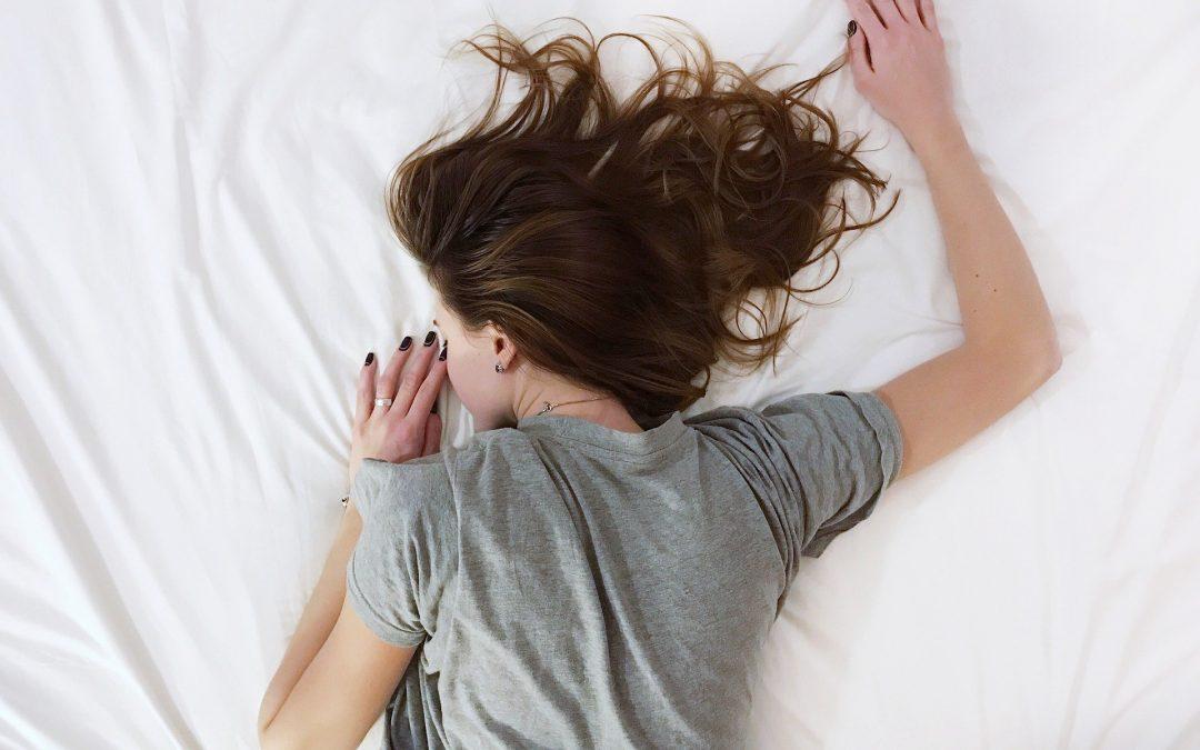 Quel est l'impact du sommeil sur les performances sportives ?